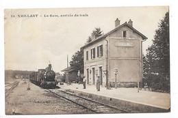 VAILLANT   (cpa 52)  La Gare, Arrivée Du Train   -   L 1 - Autres Communes