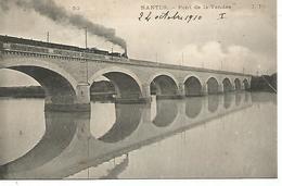 44       Nantes      Pont De La Vendée   Avec Passage D'un Train - Nantes