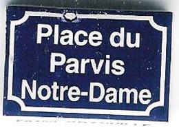 """Fève Perso """"Au Fournil Des Matignon"""" à Granville (Manche):place Du Parvis Notre-Dame - Regions"""