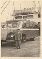 Photo 115 Mm X 85 Mm - Années 50 - Autocar Bus - Palerme Italie - Embarquement Bateau - Scan R/V - Automobiles