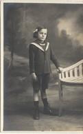93  AUBERVILLIERS  CARTE PHOTO  PETITE FILLE   HABILLEE  EN   MARIN - Aubervilliers