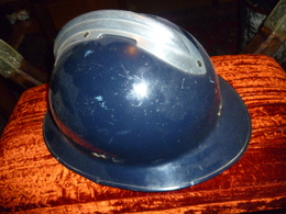 Rare Casque ! De Groupe Mobiles De La Police De Seine Et Marne 1936 1944 - Headpieces, Headdresses
