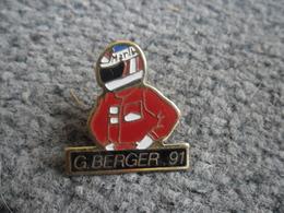 PIN'S AUTOMOBILE Pilote BERGER 1991 Mac Laren HONDA Grand Prix Auto F1 Formule 1 Victoire Au GP Du Japon @ 28 X 27 Mm - Honda