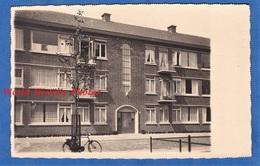 CPA Photo - Ville à Situer - Immeuble - Ardennes / Marne - Charleville Mezieres ? Sedan ? Reims ? Architecture - Cartoline