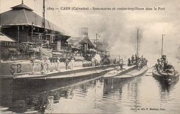 ¤ Caen - Sous-marins Et Contre Torpilleurs Dans Le Port - Caen