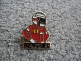 PIN'S AUTOMOBILE Pilote ALESI 1991 FERRARI Grand Prix Auto F1 Formule 1  @ 28 X 21 Mm - Ferrari