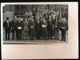 ROESELARE   1973 FOTO 17 X 13 CM  PROV.BOLDERSKAMPIOEN OP STADHUIS - Roeselare