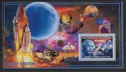 GUINEE   BF 319   * *  ( Cote 13e ) Abert Einstein Telescope Huble Espace Navette Spatiale - Albert Einstein
