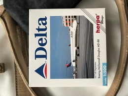 Herpa 1:500 Delta Md80  Limited Edition - Non Classificati