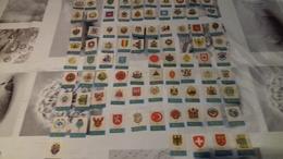Lot De 83 étiquettes Végé Blasons De Pays - Boites D'allumettes - Etiquettes