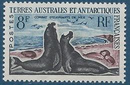TAAF 1959-63 - YT N°13C - 8 F. - Faune - Combat D'Elephants De Mer - NEUF** - TTB Etat - Unused Stamps