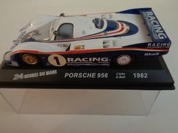PORSCHE 956 .Vainqueur 24 H Du Mans 1982 . # 1  J.Ickx,D.Bell   1/43 -Altaya - Voitures, Camions, Bus