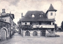 19 - Correze -  BEAULIEU Sur DORDOGNE  - L Auberge De Jeunesse Et Place Du Monthuruc - Sonstige Gemeinden