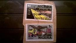 FRANCOBOLLI STAMPS NIGERIA 1973 SERIE ECONOMIA  SU FRAMMENTO FRANGMENT - Nigeria (1961-...)