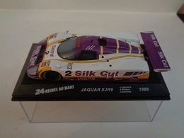JAGUAR XJR9 . Vainqueur 24 H Du Mans 1988 . # 2  J.Lammers,A.Wallace,J.Dumfries   1/43 -Altaya - Voitures, Camions, Bus