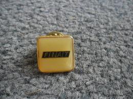PIN'S AUTOMOBILE FIAT @ 16 X 16 Mm - Fiat