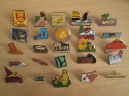 A Prix Cassé !!! LOT19-059 De 25 Pin's En Très Bon état , Tous Différents , Avec Leurs Attaches - Badges