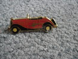 PIN'S AUTOMOBILE VINTAGE @ 41 Mm X 14 Mm - Badges