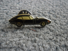 PIN'S AUTOMOBILE JAGUAR TYPE E (1961 - 1967) @ 33 Mm X 9 Mm - Jaguar