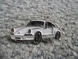 PIN'S AUTOMOBILE PORSCHE 911 CARRERA 2 TYPE 964 @ 30 Mm X 12 Mm - Porsche