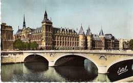 PARIS - PONT AU CHANGE ET PALAIS DE JUSTICE - Arrondissement: 01