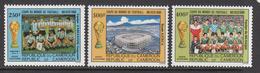 1986 Cameroun Mexico World Cup Soccer Set Of 3 MNH - Kameroen (1960-...)