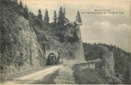 39 - MOREZ - Le Tram à La Sortie Du Tunnel Du Turu - Morez