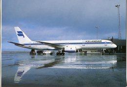 Iceland/Islande/Ijsland/Island Postcard Icelandair Boeing 757-200 On The Ground Unused - Iceland