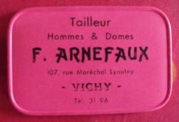 Miroir Publicitaire, De Sac, De Poche Ou De Courtoisie. Tailleur F. Arnefaux, Vichy. 1950 - Publicité