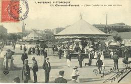 63 - Clermont Ferrand - Place Gambetta Un Jour De Foire - Clermont Ferrand