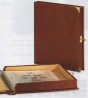 Reliure-coffret Safe Favorite Réf. 445 à 4 Anneaux Avec 10 Feuilles Transparentes Pour Pages Entières Réf. 450 à - 50 % - Albums & Reliures
