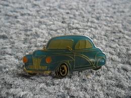PIN'S AUTOMOBILE Genre MORRIS Minor De 1951 @ 33 Mm X 15 Mm - Badges