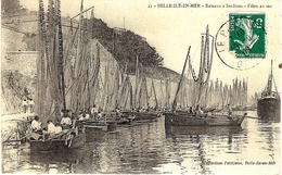 21- BELLE-ILE-EN-MER - Bâteaux à Sardines  - Filet Au Sec  -ed. Petitjean - Belle Ile En Mer