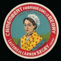 """Ancienne étiquette Fromage Camembert Fabriqué Dans Le Berry Laiterie De L'Arnon Segry Indre """"femme Coiffe"""" 45%mg - Käse"""