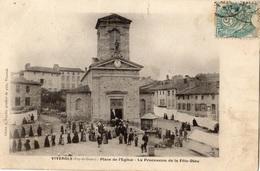 VIVEROLS PLACE DE L'EGLISE LA PROCESSION DE LA FETE-DIEU - France