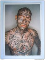 Homme Avec Tattou Man Met Tattoo Pub Boomerang Game Boy Advance - Folclore
