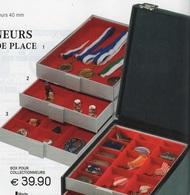 Box Pour Collectionneur Ht 40 Mm Lindner Réf. 2402 Deux Compartiments Fond Rouge à - 50% - Matériel