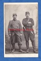 CPA Photo - Superbe Portrait De Soldat - 145e Régiment Et 29e Artillerie - TOP RARE - Pistolet Arme Fusil Baïonnette WW1 - Guerra 1914-18