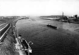 Zelzate  Kanaal Gent- Terneuzen  Binnenschip    I 4262 - Zelzate