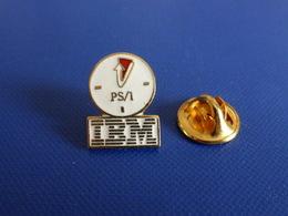 Pin's Informatique IBM - Ps/1 - Horloge Pendule Heure (YH55) - Computers