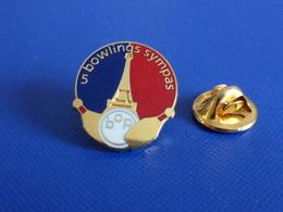 Pin's Bowling - 5 Bowlings Sympas - BOP Bowling Ouest Paris - Porte De Champerret - Boule Blanche (PU20) - Bowling