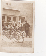 CPA - PHOTO Carte-Photo Devanture Café MONGIN ? Vélo Cycle Bicyclette Cycling Radsport - Negozi
