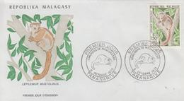 Enveloppe  FDC  1er  Jour   MADAGASCAR    Lémuriens   1973 - Madagascar (1960-...)