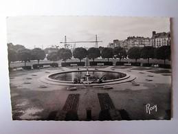 FRANCE - LOIRE ATLANTIQUE - NANTES - Square J.-B. Daviais - Nantes