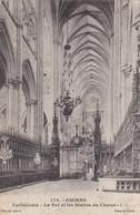 AMIENS CATHEDRALE LA NEF ET LES STALLES DU CHOEUR - Amiens
