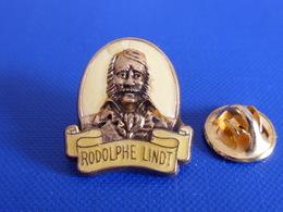 Pin's Rodolphe Lindt - Chocolat - Portrait Caméo - Zamac Corner Coinderoux (VA54) - Food