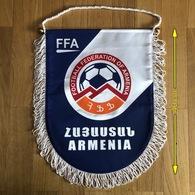 Flag (Pennant / Banderín) ZA000445 - Football (Soccer / Calcio) Armenia FFA Federation / Association / Union - Habillement, Souvenirs & Autres