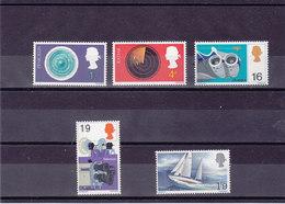 GB 1967 Yvert 494-498 NEUF** MNH - 1952-.... (Elizabeth II)