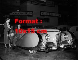 Reproduction D'une Photographie Ancienne D'une Delage Au Salon Automobile De Londres En 1950 - Riproduzioni
