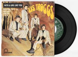 45 Tours LES TROGGS - With A Girl Like You + 3 - Fontana 465 321 ME De 1966 - Vinyl Records